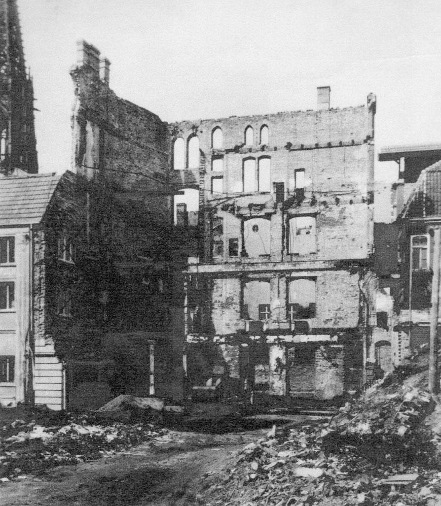 Weinhandlung Niemer – rückwärtiges Gebäude Syndikatgasse 4/5 im Jahre 1945