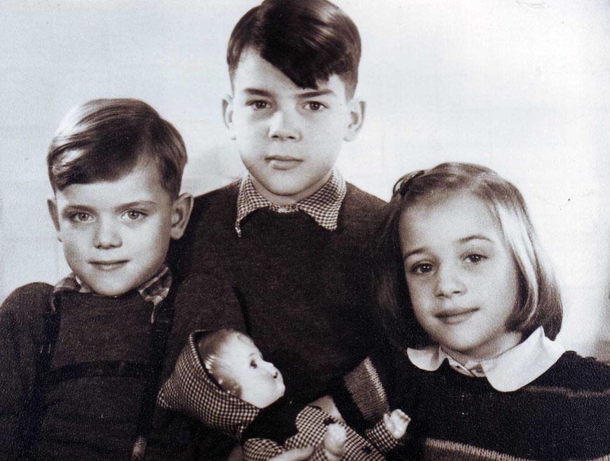 Antje mit Brüdern - 1948 in Osnabrück
