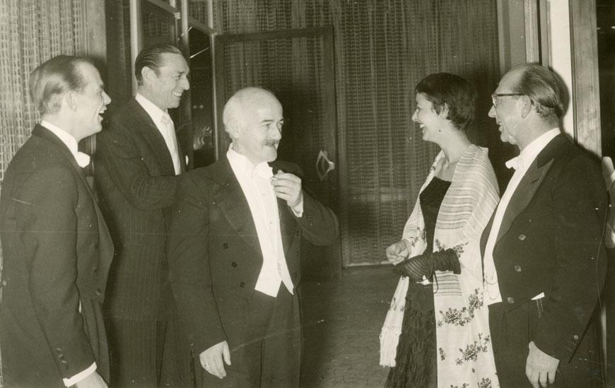Eröffnung des Großen Hauses  Februar 1956 - Bildmitte C.W. Vogel - rechts Kulturdezernent Wilhelm Vernekohl