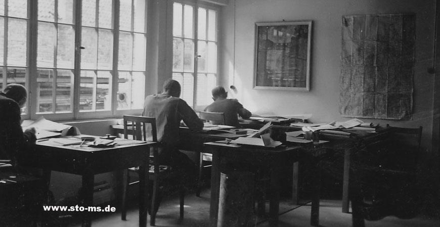 Büro einer Installationsfirma 1950