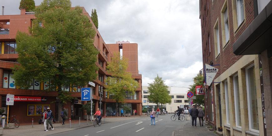 Blick stadteinwärts, links der Aegidiimarkt, im Hintergrund das LWL-Museum