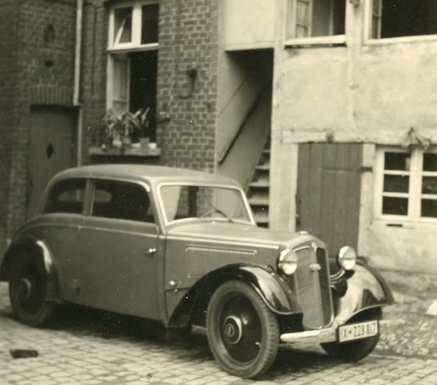 Das Auto - DKW F7 - von Bernhard Schäper aus der Buddenstraße - etwa 1935