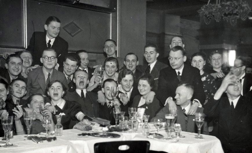 Café Roxel am Servatii-Platz - Anfang der 30er Jahre