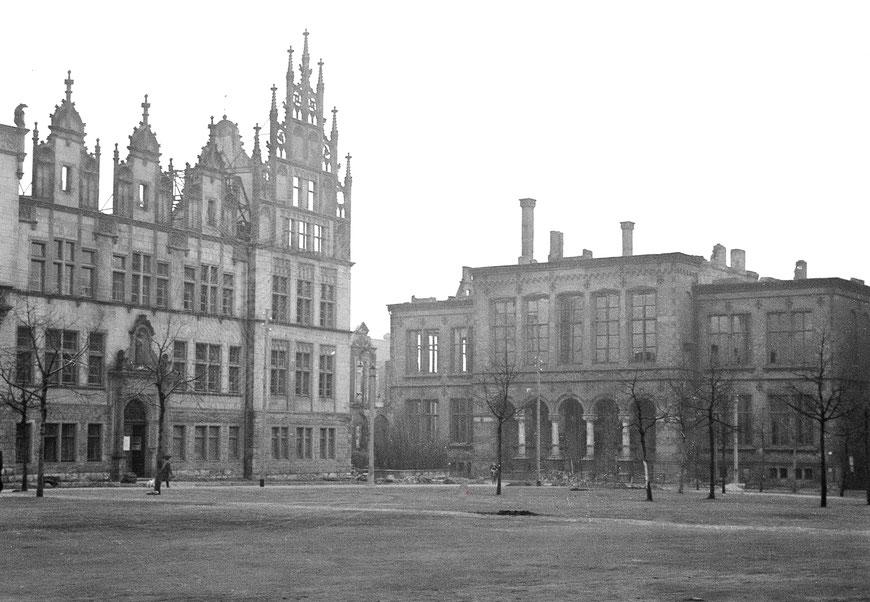 Universität mit Landesmuseum um 1947 - Sammlung Stoffers (Münsterländische Bank Thie - Stadtarchiv)
