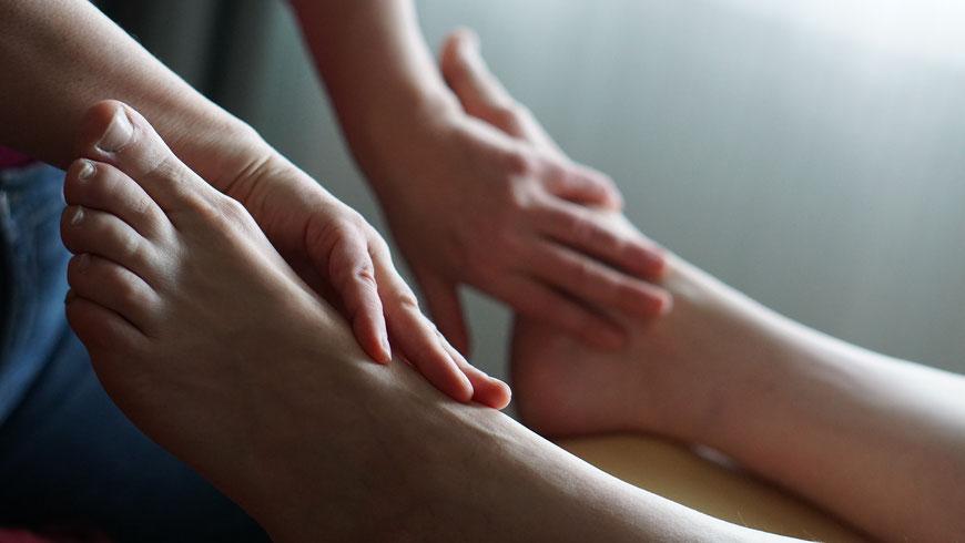 Fußreflextherapie, Fußreflexmassage, Meret Keller, Heilpraktiker, Lübeck, Fussreflextherapie, Reflexzonentherapie Hanne Marqurardt