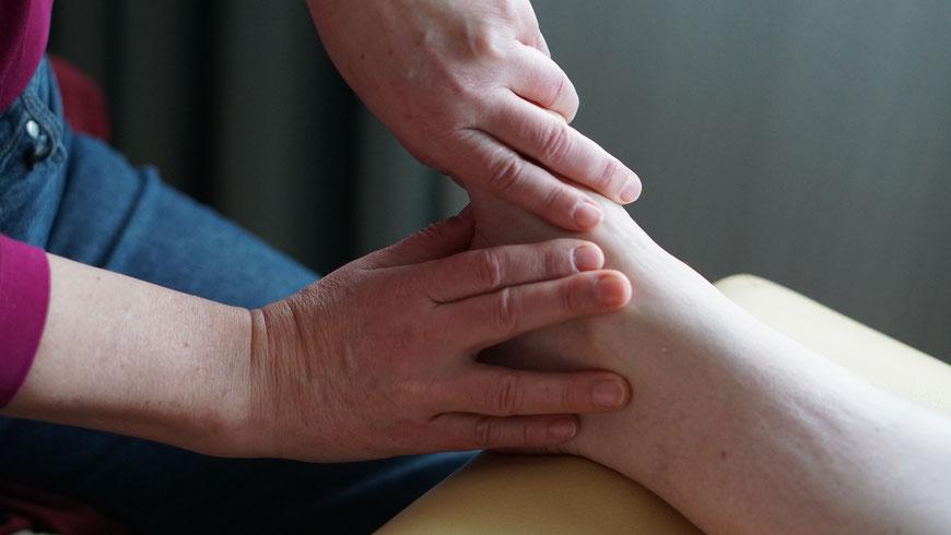Technik der Fußreflextherapie, Heilpraktiker, Lübeck, RZF, Fussreflextherapie, Reflexzonentherapie Hanne Marqurardt