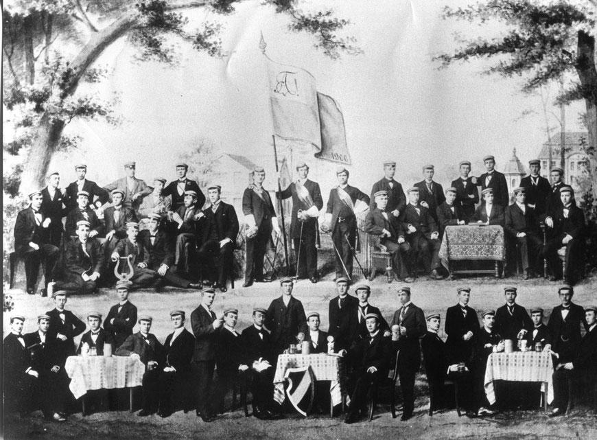 Die Abiturientia Paulina des Jahrgangs 1900. Mit welchen Hoffnungen sind diese CPCP wohl in das neue Jahrhundert gestartet.