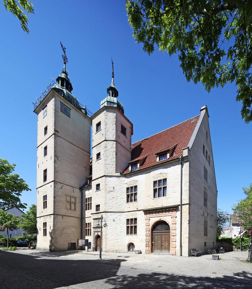 Die Hohe Schule in Burgsteinfurt wurde 1591-1593 errichtet. Sie war einst das calvinistische Gegenprojekt zum Jesuitengymnasium Paulinum in Münster (Foto: Andreas Lechtape (C))