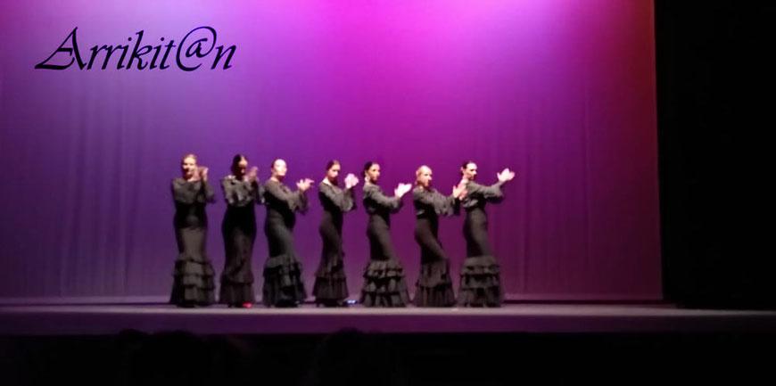 Academia de baile Arrikitan en Atarfe