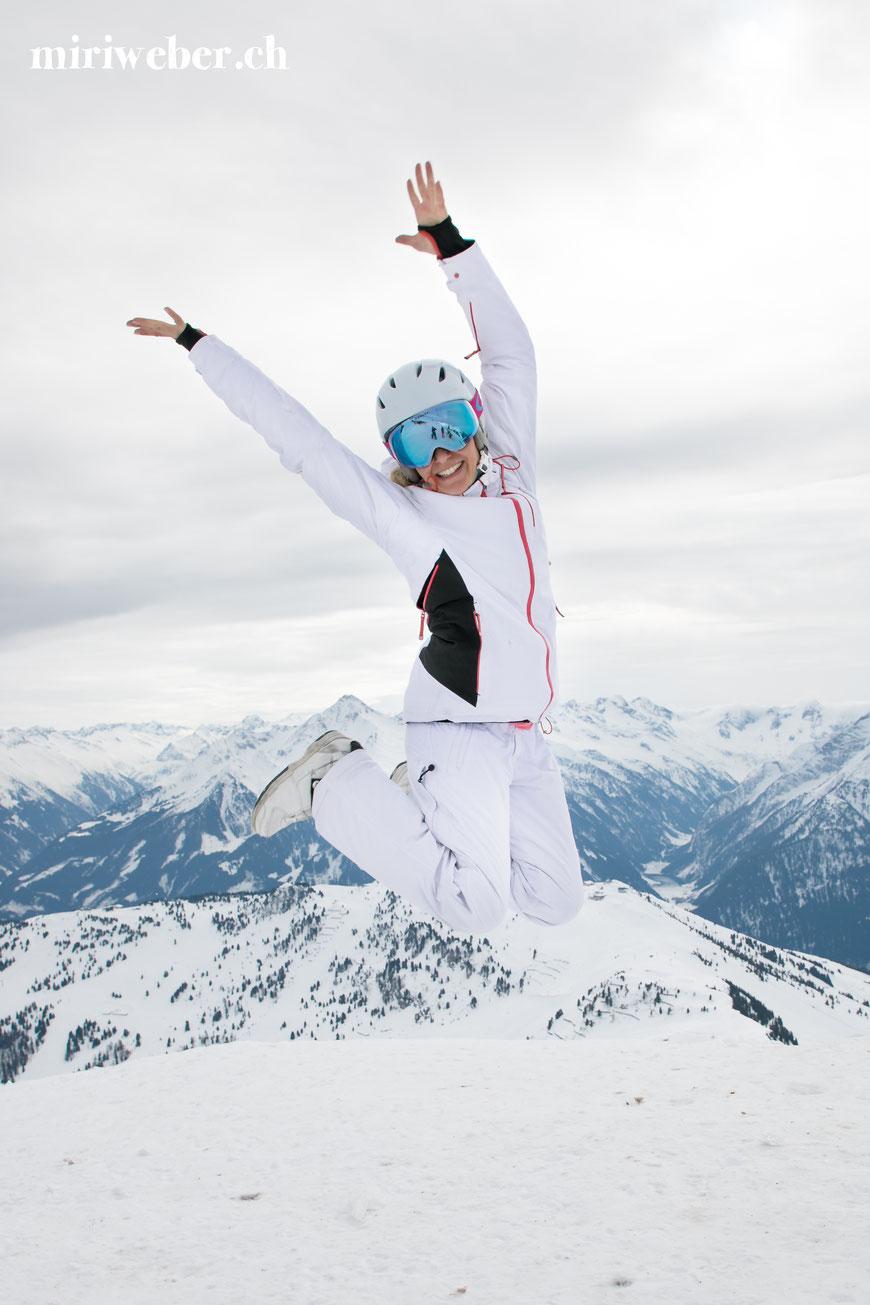 Travel Bloggerin Miri Weber, Zillertal, Frühling, Kinderpisten, Pisten, Skifahren, Snowboarden, Zillertal Arena, Skigebiet, die Granatalm, Skischule Lechner, Skiführerin Judy Giacomelli, Skigebiet Mayrhofen, Travel Blog Schweiz, Tirol