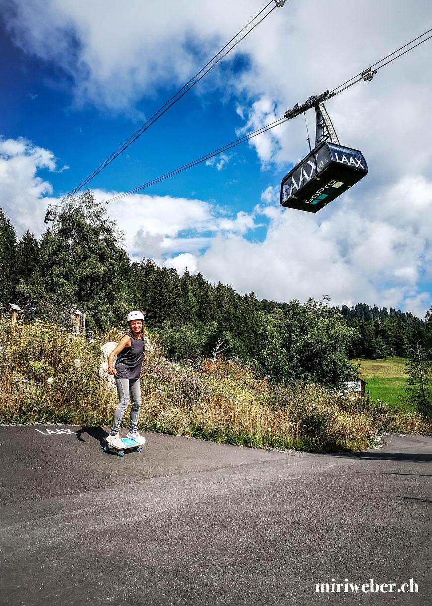 Rocks Resort, Skateboarding, Skateboard, Skatepark, Laax, Schweiz, Graubünden, Urban Surf Wave, Skatewave, Surf Skateboarden, Flims, Ferien im Sommer, Berge, Rocks, Talstation Laax