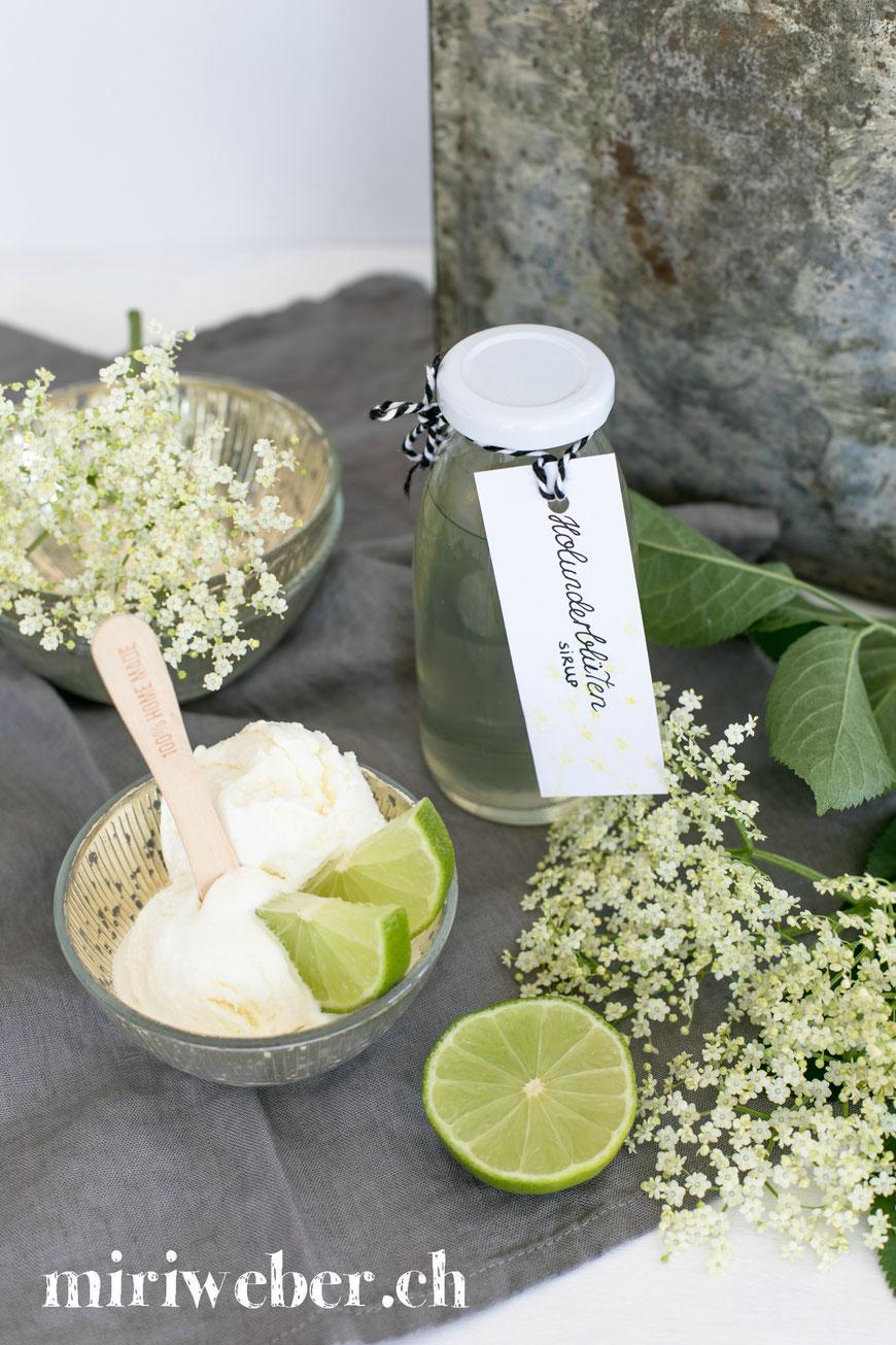 Holunderblüten, Sirup,  Eis, Rezept, Ice Cream, Holunder, Sommer, Glace selber machen, Recipe, Food Blog Schweiz, Eis, mit Eismaschine