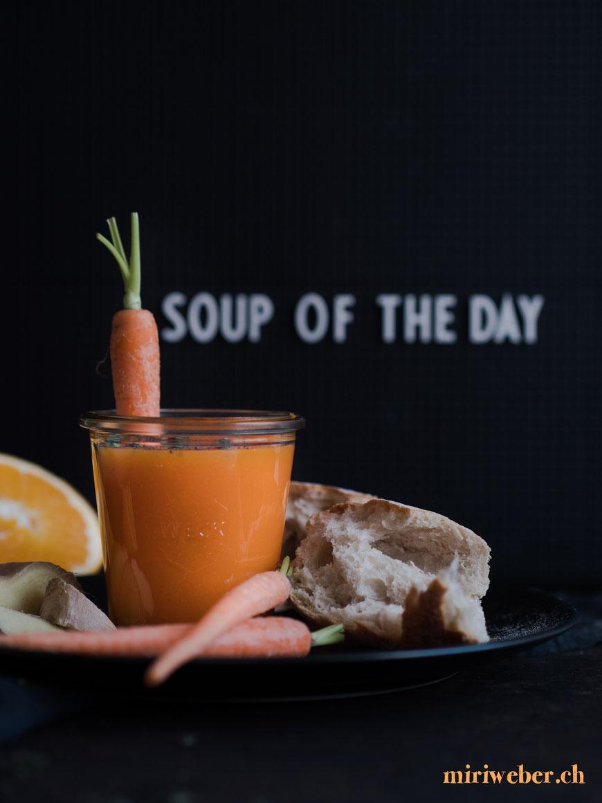 food fotografie, tipps, top tipps, panasonic, blog, food styling, food blog, schweiz, food bloggerin, suppe, karotten, orangen, ingwer, rezept