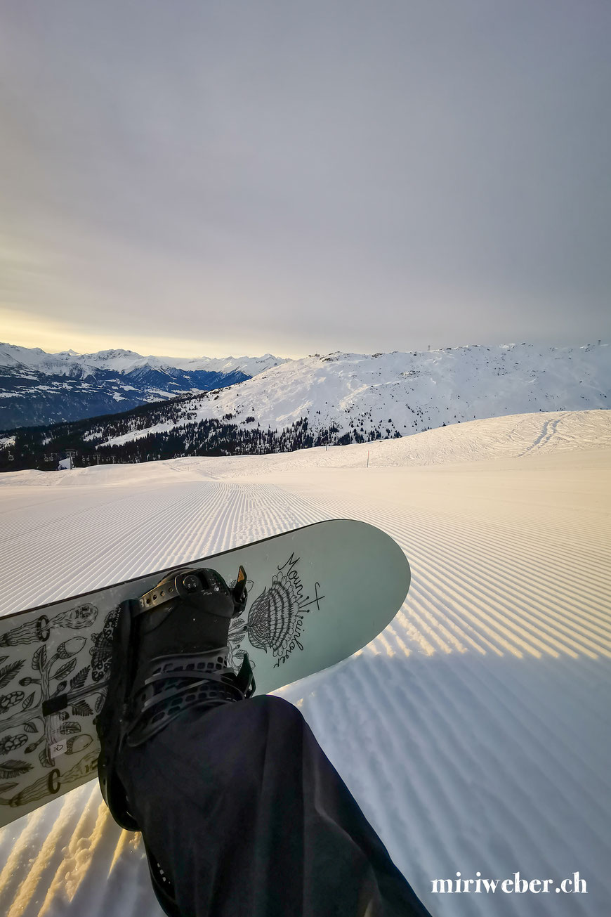 Burton Store Laax, Abfahrt Alp Nagens, Burton Snowboard, Graubünden, Schweiz, Content Creator, Fotografin, Fotograf