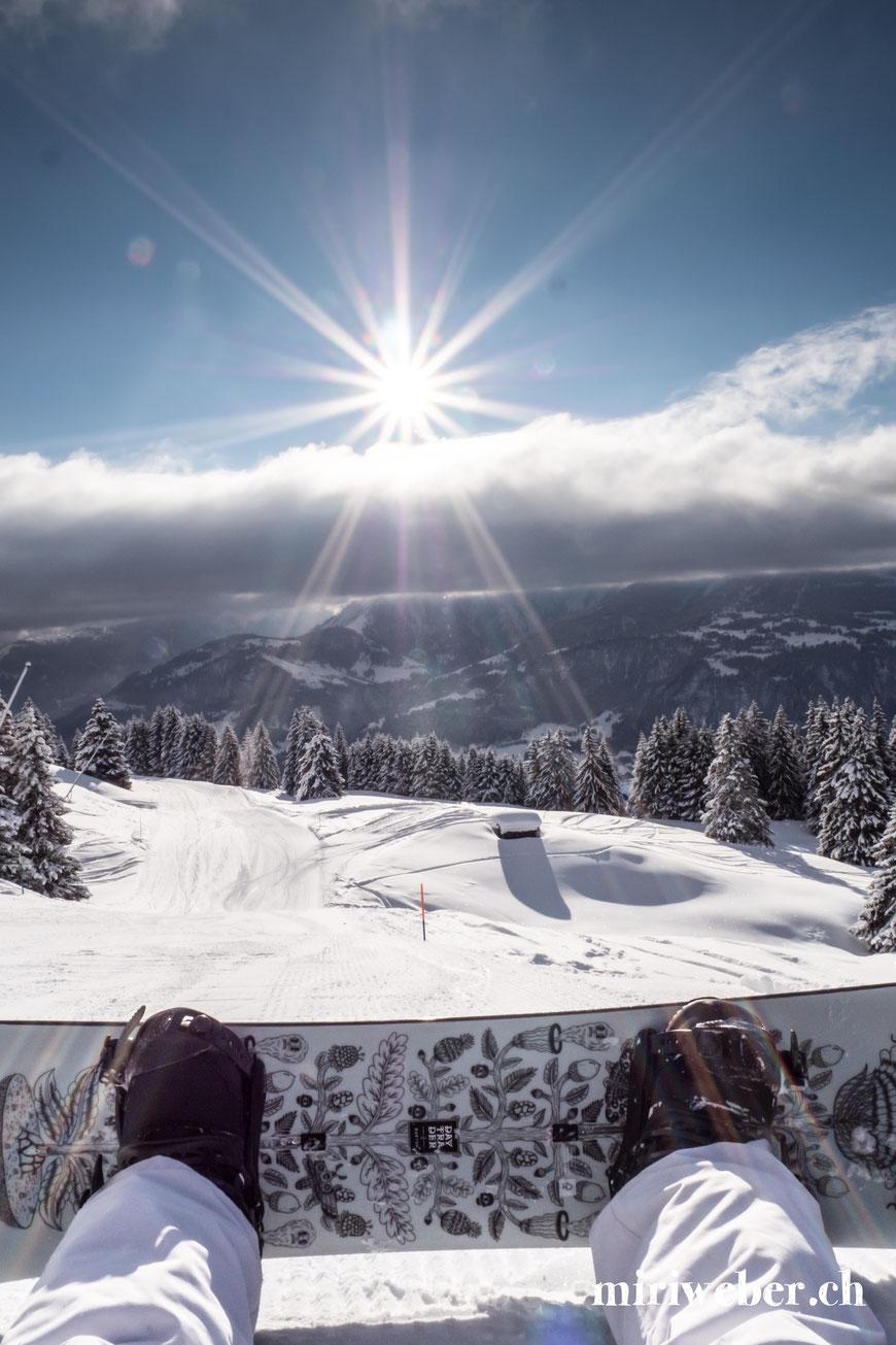 Winter, Flims, Laax, Skigebiet, Fotospot, Curnius, Burton Snowboard, Tipps, Wintersaison, beste Pisten, Berghütten, Burton Store Laax