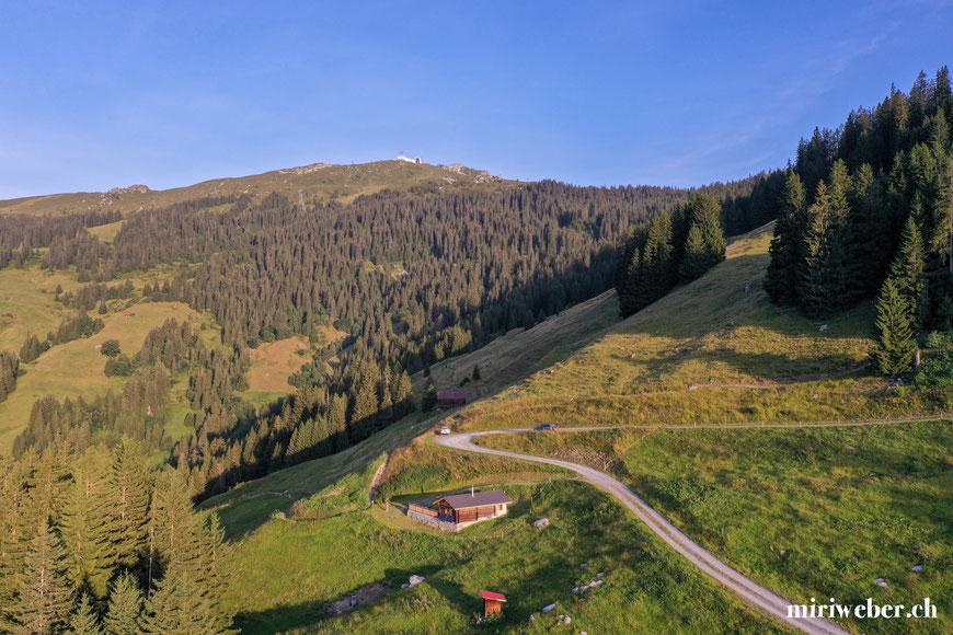 Drohnenaufnahmen, Tegia Alp Uaul, Laax, Crap Sogn Gion