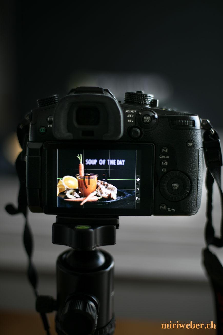food fotografie, tipps, top tipps, panasonic, blog, food styling, food blog, schweiz, food bloggerin, suppe, karotten, orangen, ingwer, rezept, lumix gh5