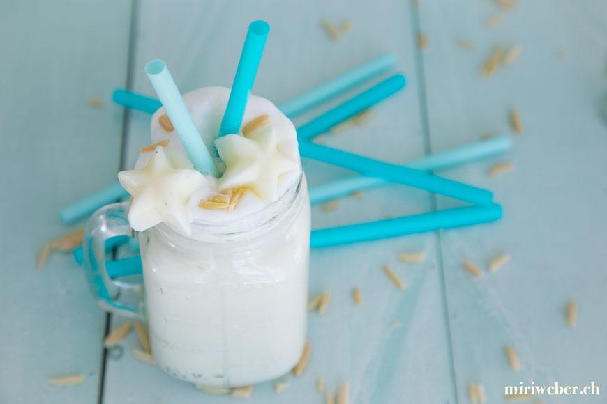 white smoothie, rezept, weisser smoothie, fatburner, drink, recipe, fitness drink, foodblog schweiz, schweizer foodblog, content creator schweiz