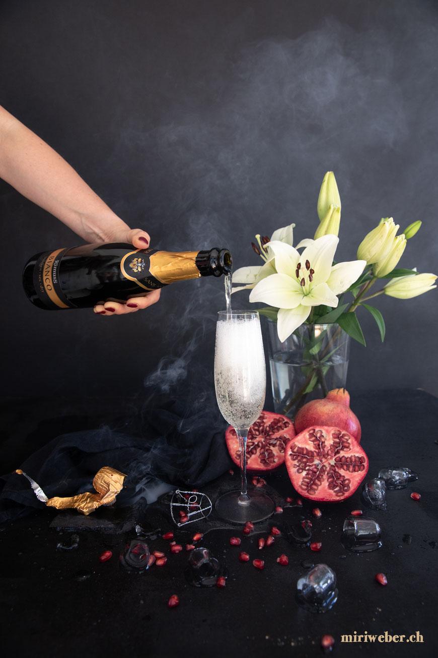 Alkoholfreier Drink, Foodblog Schweiz, Schweizer Foodblog, Foodfotografie, Foodfotograf, Content Creator, Rimuss, Rimuss Bianco, Tipps, Drink, Fotografie, wie fotografiere ich Food und Drinks