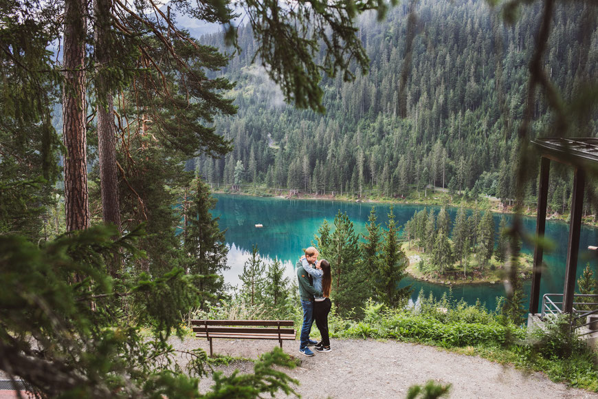 Caumasee Fotoshooting, Portraitshooting, Paar Shooting, Love Shooting, Hochzeitsshooting, Hochzeitsfotografie, Crestasee, Flims, Laax, Insta Shooting, Fotograf, Hochzeitsfotografin