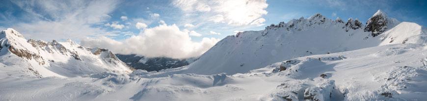 das Bergpanorama bei der Gamsmilchbar