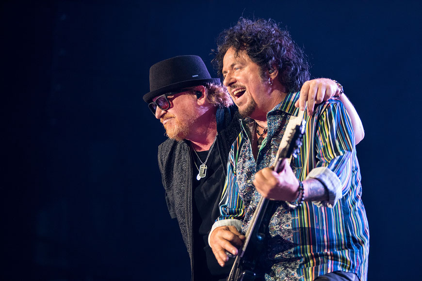 Toto, Tollwood, München, Konzert, Concert, Concertphotograph, Steve Lukather, Steve Porcaro, Joseph Williams