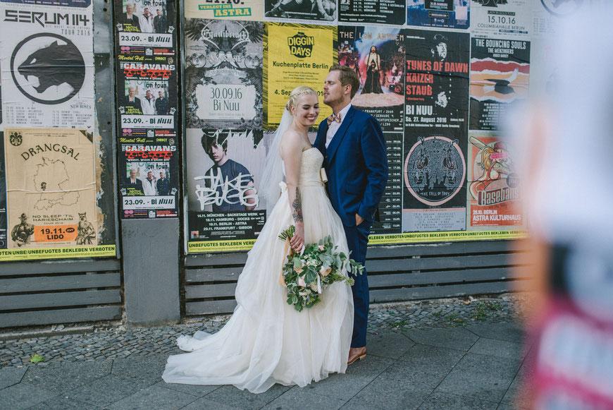 Streetart Hochzeitslocatin in Berlin, Hochzeitsfotografie
