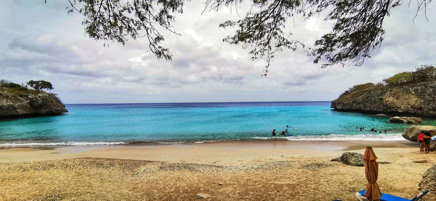 Karibik, Karibikreise, Backpacker, Backpacking, Zwei auf Achse, Travel the World, Westpund, Curacao, Playa Jeremie, Willemstad, Punda, Otrabanda, Weltreise,