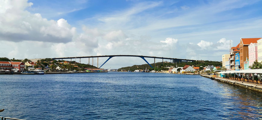 """Königin-Juliana-Brücke"", Willemstad, Curacao, Backpacking, Karibik, Insel über den Winde"