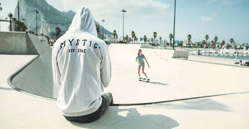 Mystic Pulli, Mystic Sweats, Mystic Hoodi, Mystic Sale, Mystic Kapuzen Pullover, Mystic Sachen, Mystic Outlet NRW, Mystic Store Germany