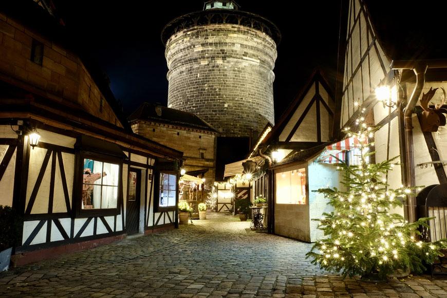 Рождественский рынок в Нюрнберге, Handwerkerhof, двор ремесленников