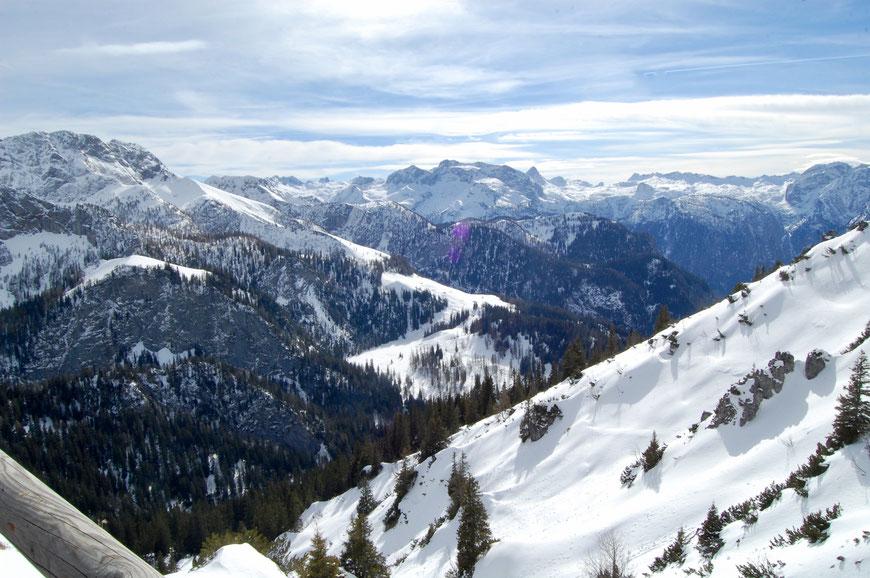 Вид с горы Йеннер зимой в Альпах
