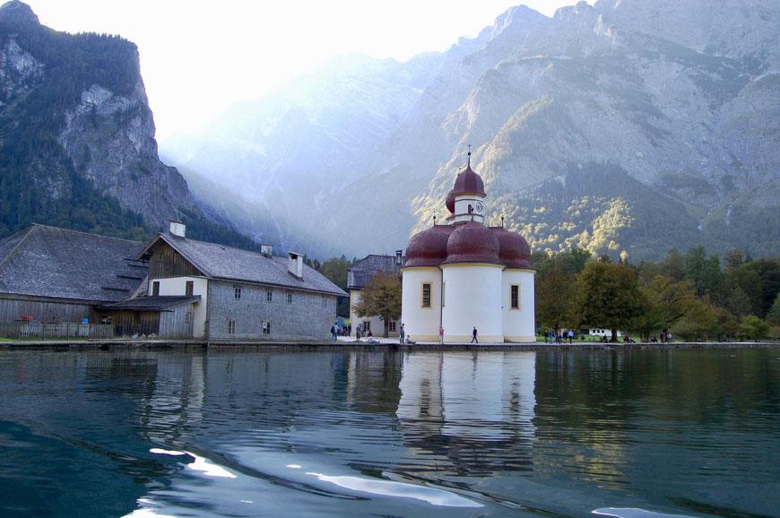Церковь святого Варфоломея у озера Кенигзее