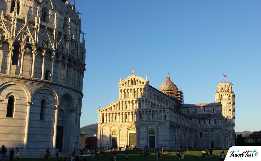 Plein van de Scheve Toren van Pisa