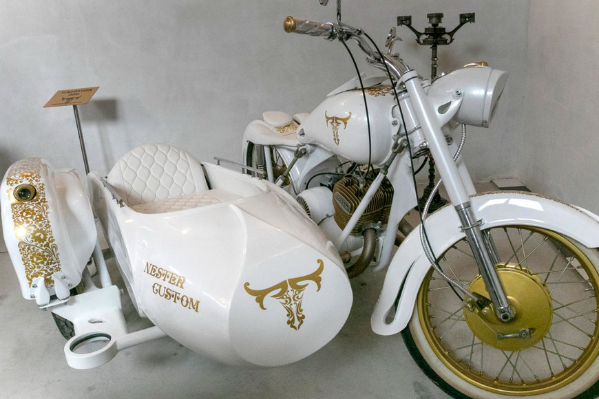 Aleksandro Nesteriuko restauruotas senelio motociklas Preilių metalo galerijoje Nester Custom
