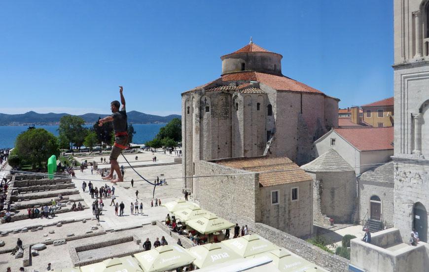 Forumo kavinė prie Šv. Donato bažnyčios Zadare / Foto: Kristina stalnionytė