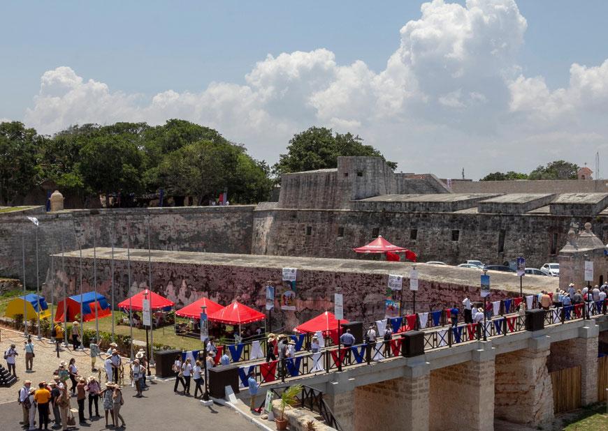 Šv. Karolio tvirtovė Havanoje kartais virsta parodų centru