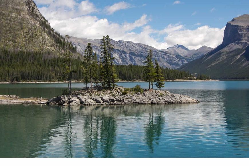Lac Minnewaanka Banff Alberta