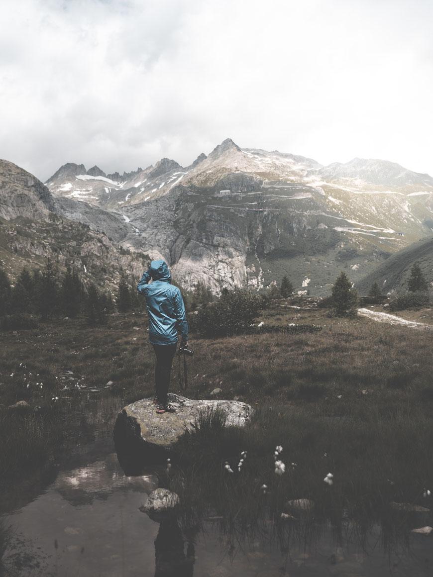 Blick auf den Furkapass (Schweiz) by picPond