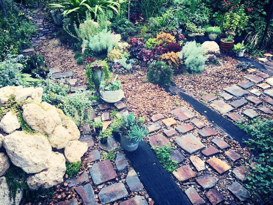 ガーデニング ガーデン オブジェ アリス テラコッタ エンジェル 広島 廿日市 安佐南区