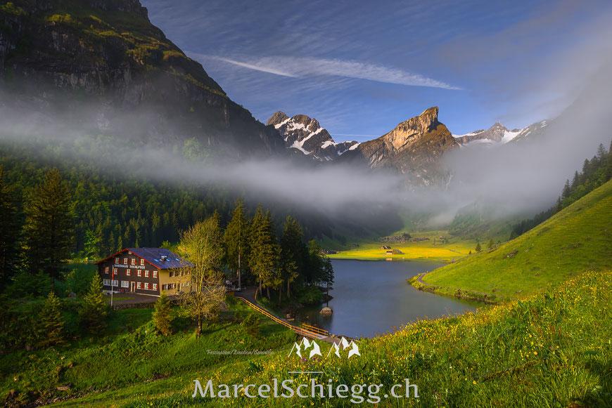 Berggasthaus Seealpsee, Seealpsee, Marcel Schiegg, Panorama, Säntis, Nebel, Alpstein, Appenzell, Appenzellerland, Altmann
