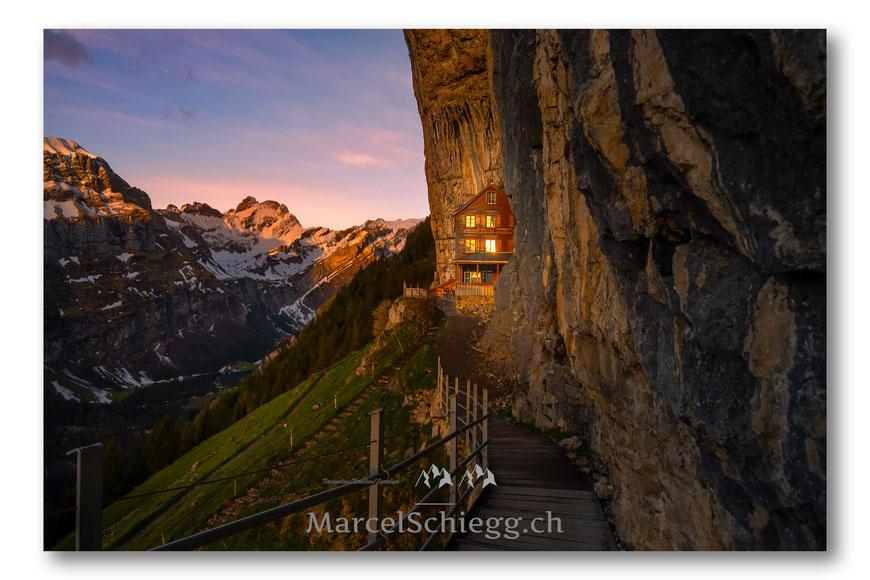 Aescher, Wildkirchli, Ebenalp, Äscher, Appenzell, Appenzellerland, Alpstein, Schweiz, Alpen, Seealpsee, Berggasthaus Aescher, Switerland, Bergwelt, Marcel Schiegg
