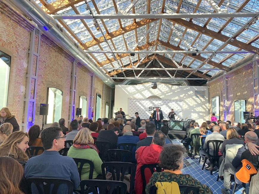 El interior de la vieja Lonja de Dénia, totalmente rehabilitada para albergar toda clase de eventos. Foto Aehtma.