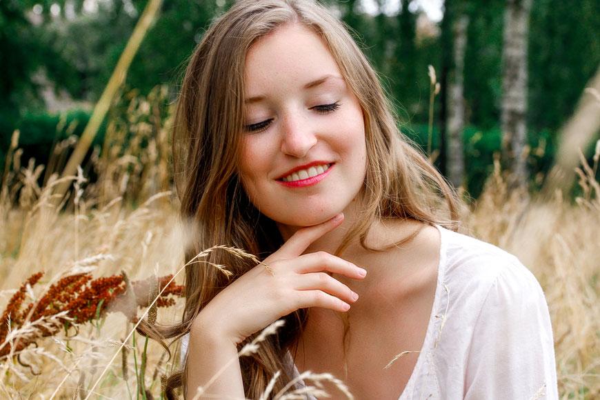 Mini Shootings- Was sie charakterisiert und welche Vorteile es gibt| Sommer| Portrait| Outdoor| Mädchen| Girl| Grün| professionelles Portraitshooting| Hendrikje Richert Fotografie| Neubrandenburg| Greifswald| MV