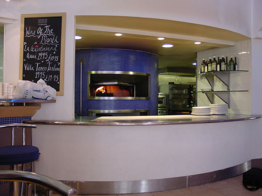 Pizzabacköfen, Herde, Grills für die Gastronomie, systemgastronomie, hotels, resturants, events, woodstone corporation