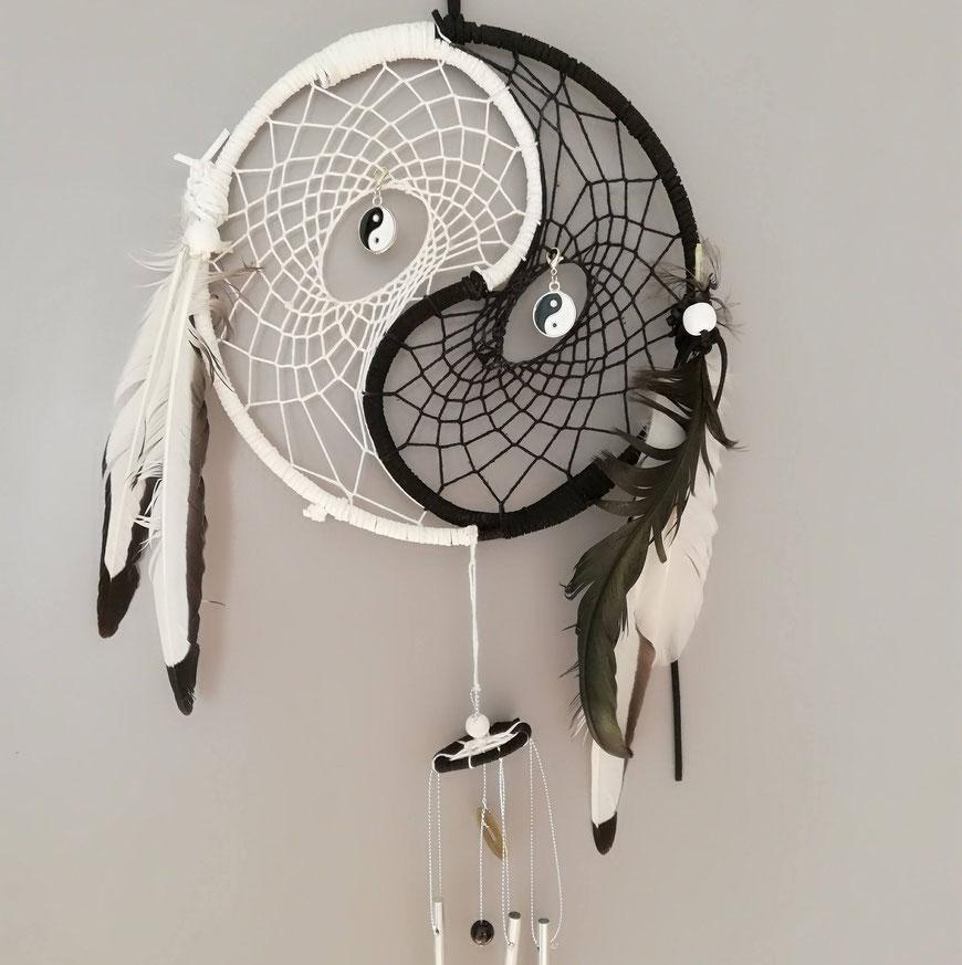 ☯️ Yin Yang Dromenvanger met windorgel 🖤  (is te bestellen in alle kleuren)