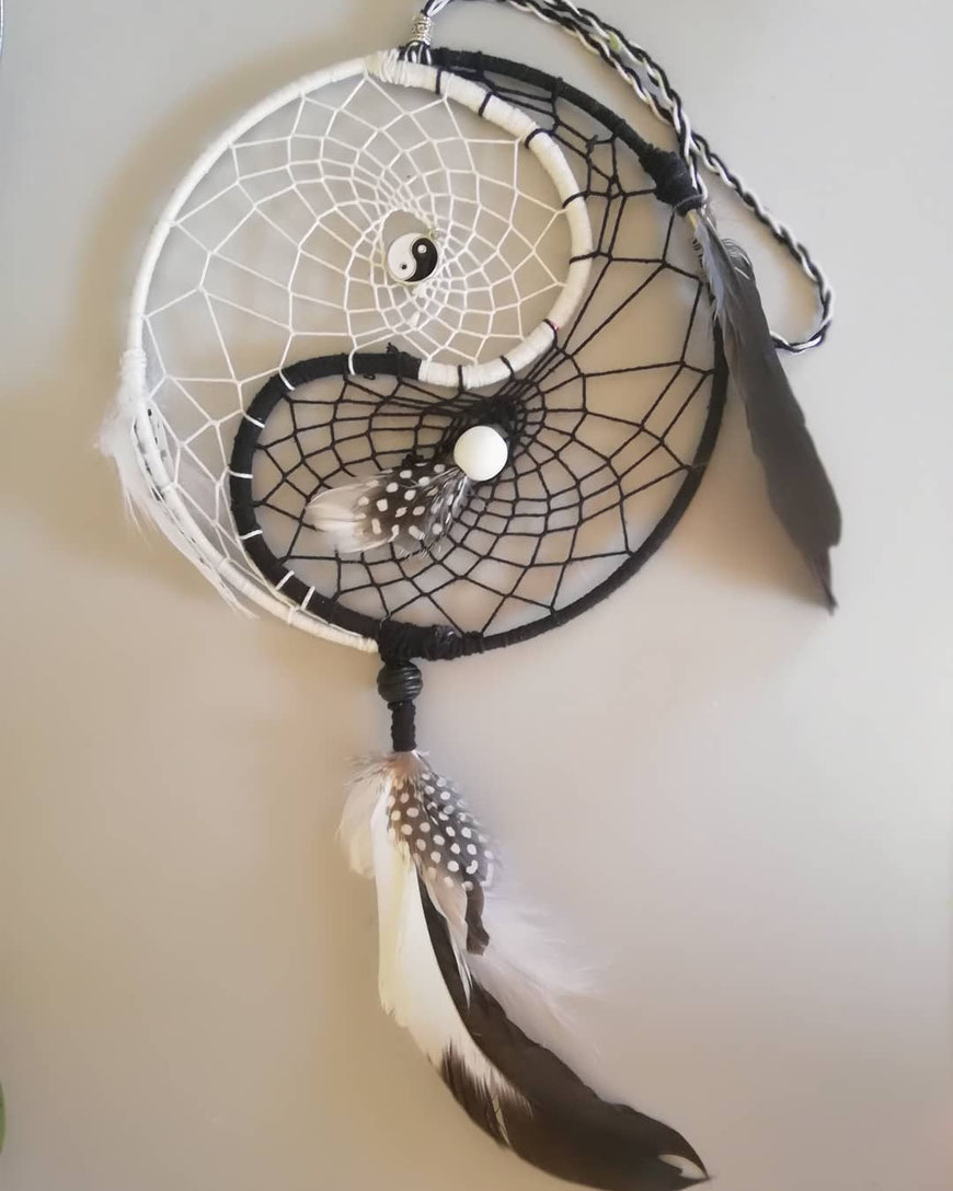 ☯️ Yin Yang Dromenvanger zwart 🖤 wit (is te bestellen in alle kleuren)