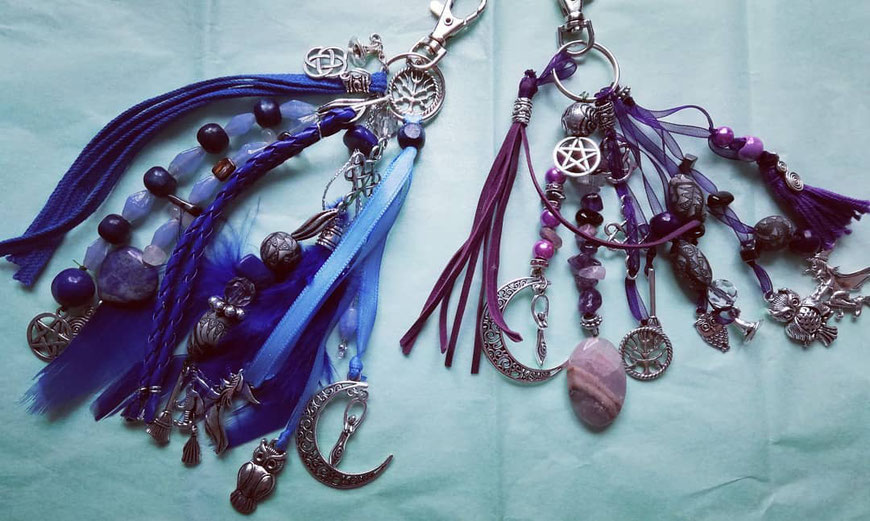 Sleutelhanger met edelstenen voor heksen