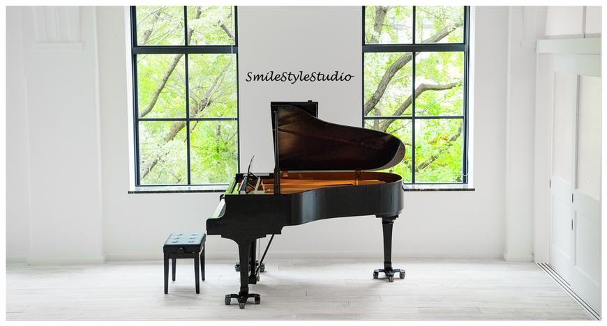 グランドピアノ。大きな楽器マリンバ・ハープ・ティンパニ・ドラムセット等の持込み可。搬入エレベーター有。
