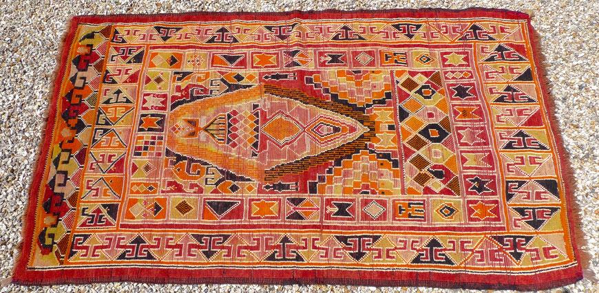 JOLI, tapis marocain, tapis berbère vintage